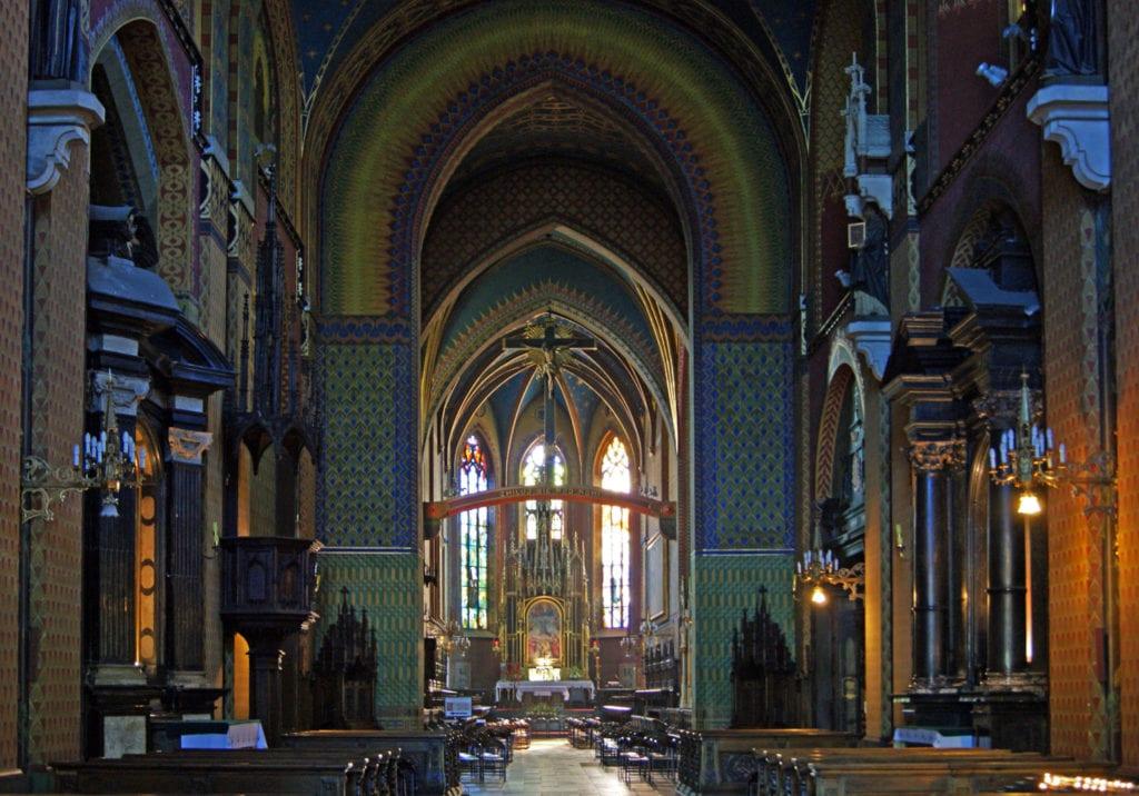 basilica krakow - www.travelswithelle.com