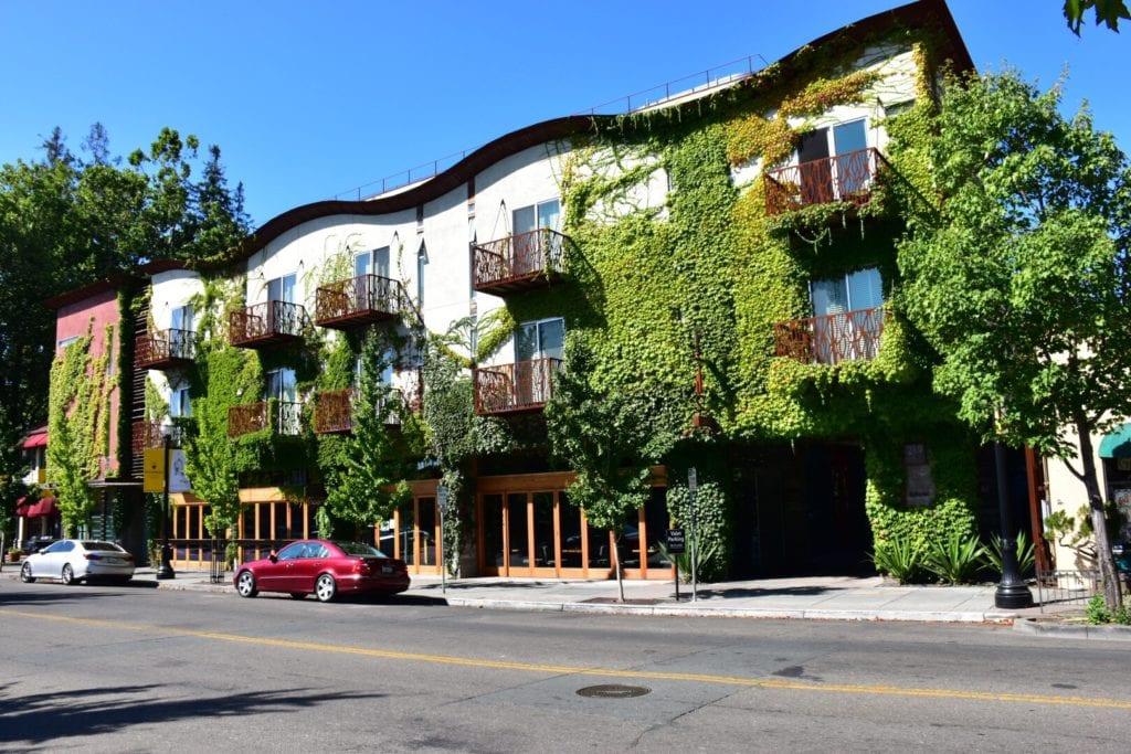 San Francisco to Mendocino Road Trip: San Francisco to Mendocino - Healdsburg CA
