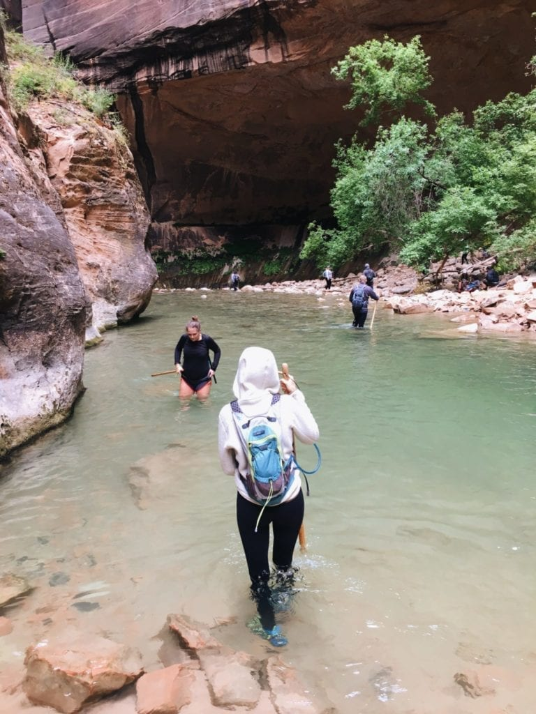 Tips For Hiking The Narrows Bottom Up - Travels With Elle