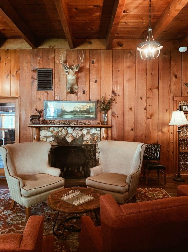 Sierra Sky Lodge Yosemite - Travels With Elle