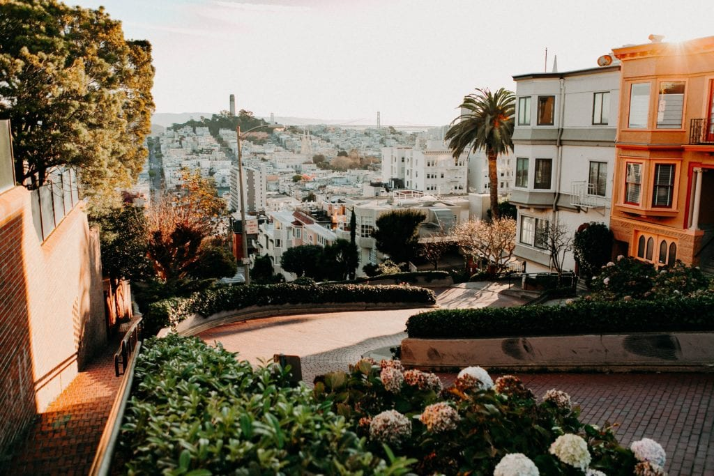 Lombard Street - Free Things to Do in San Francisco