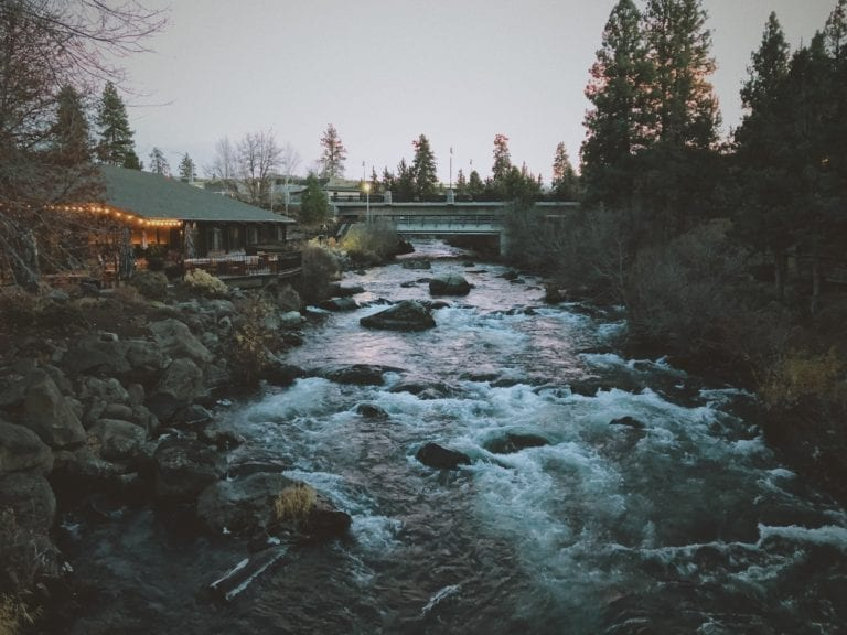 deschutes river bend oregon