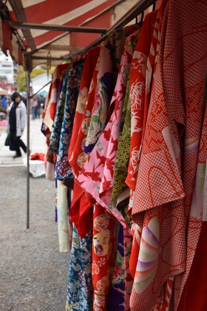 Shitennoji Flea Market Osaka -The Ultimate 2 Week Japan Itinerary