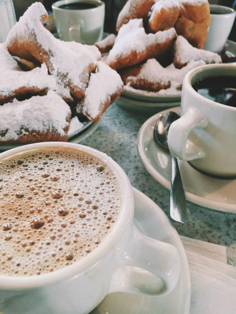 Cafe Du Monde New Orleans - Travels With Elle