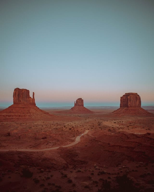 Monument Valley - The Perfect Arizona Road Trip - Travels With Elle