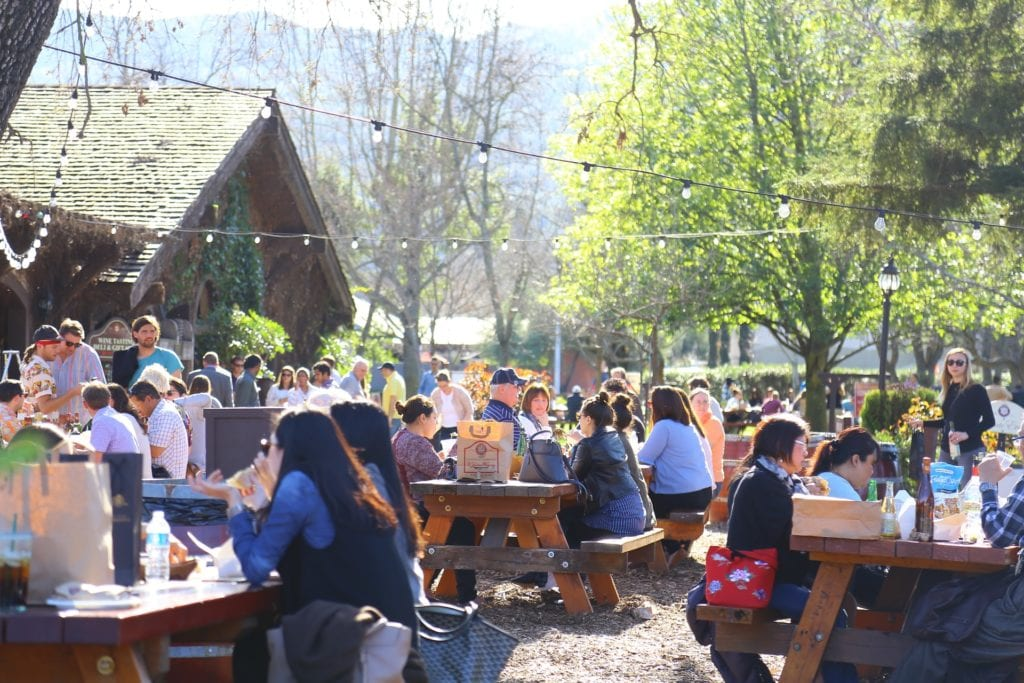 Picnic In Napa - Best Things To Do In Napa Valley Besides Wine - Travels With Elle