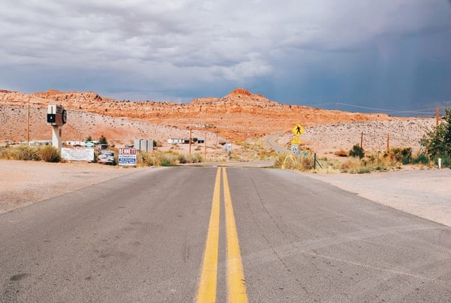 Route 66 - The Perfect 4 Day Arizona Road Trip Itinerary - Travels With Elle