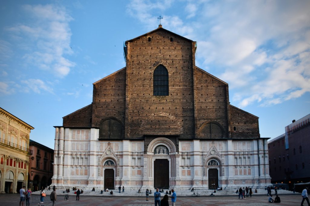 Neptune Fountain Basilica Patronico - Best Things To Do In Bologna