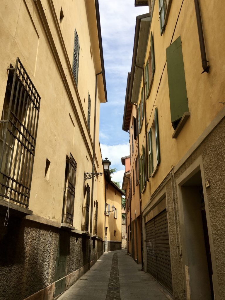 Off The Beaten Path Italy: Bologna Italy Trip - Best Things To Do In Bologna Italy - Travels With Elle