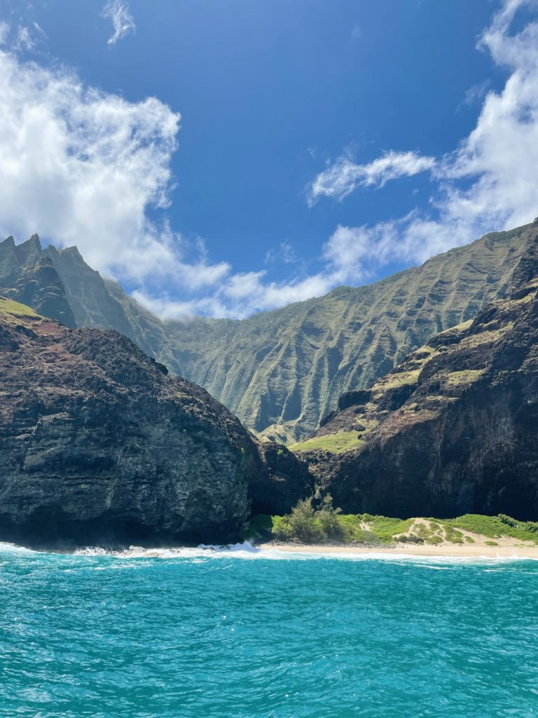 Na Pali Coast Snorkel and Sail Tour - The Perfect 7-Day Kauai Itinerary - TravelsWithElle