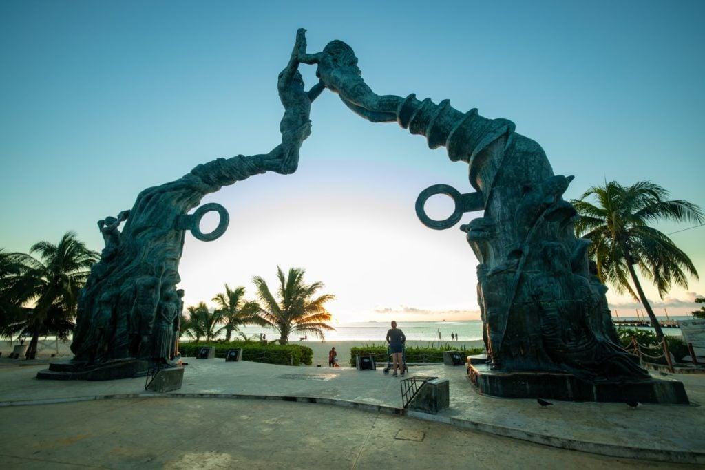 Portal Maya Statue Parque Fundadores - Best Things To Do Playa Del Carmen