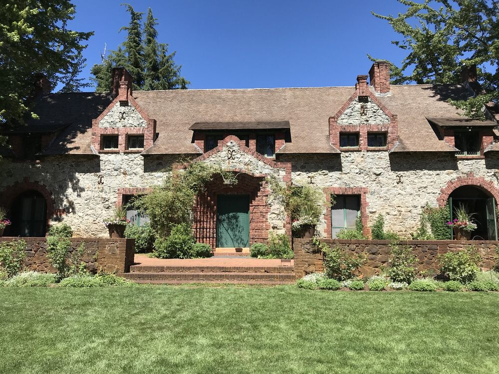 The Bourn Cottage Empire State Historic Park
