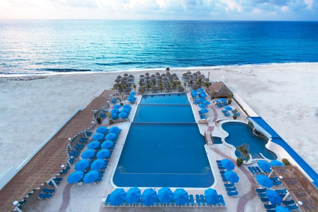 Seadust Cancun Family Resort - Best All Inclusive Resort In Cancun For Families 2