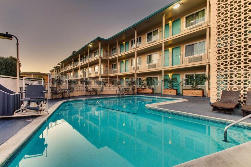 The Stevenson Monterey - Where To Stay In Monterey CA